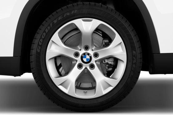 Slide 1 of 25: 2013 BMW X1