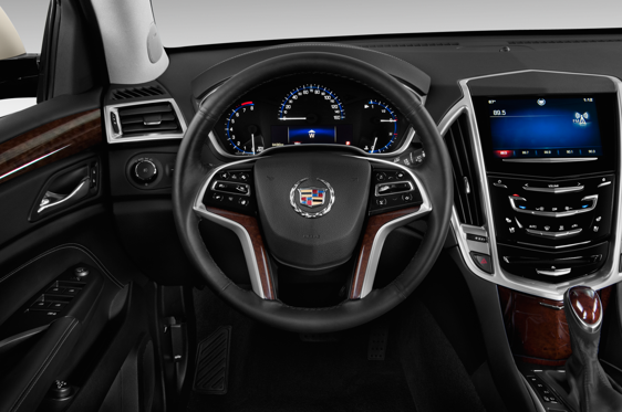 Slide 2 of 24: 2015 Cadillac SRX