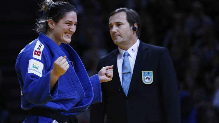 Mayra Aguiar fatura ouro em Paris e foca no Rio: 'nosso ano'.