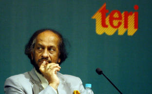 File: Director General of The Energy and Resources Institute (TERI) Rajendra K Pachauri looks on during the seventh Darbari Seth Memorial lecture in New Delhi on August 19, 2008. The Darbari Seth Memorial Lecture is organised by The Energy and Resources Institute (TERI) in memory of its founder Darbari Seth.