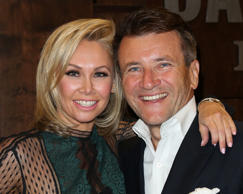 Kym Johnson and Robert Herjavec.