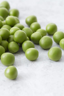 "1) Peas: <p>While most veggies average between one to five grams of protein per serving, a cup of peas can contain up to 10 grams, making it one of the most important <a href=""http://www.redbookmag.com/food-recipes/recipes/g1464/vegetarian-meatless-recipes/"">plant-based</a> protein sources out there, says Mary Dan Eades, M.D., author of <a href=""http://www.amazon.com/gp/product/0553574752/ref=as_li_qf_sp_asin_il_tl?ie=UTF8&camp=1789&creative=9325&creativeASIN=0553574752&linkCode=as2&tag=proteinpowerc-20&linkId=UXGQMF7HOVC66EK4"">Protein Power</a>. But that's not all: Unlike other plant sources, peas also contain high levels of <a href=""http://umm.edu/health/medical/altmed/supplement/glutamine"">glutamine</a>, an amino acid compound that helps repair your muscles after workouts, <a href=""http://www.thelancet.com/journals/lancet/article/PII0140-6736(93)90939-E/abstract"">improve digestive health</a>, and they've even been shown to <a href=""http://www.ncbi.nlm.nih.gov/pubmed/9665311"">reduce sugar and alcohol cravings</a>. In other words, start defrosting that bag in the freezer, like, right now. </p>"