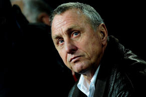 "FILE - In this Dec. 22, 2009 file photo Dutch coach Johan Cruyff looks on during a friendly soccer match of Catalunya against Argentina at the Camp Nou stadium in Barcelona, Spain. A spokeswoman for Johan Cruyff said on Thursday Oct. 22, 2015 the Dutch football great has lung cancer. Cruyff was a smoker until undergoing an emergency heart bypass in 1991. A three-time European footballer of the year, Cruyff was synonymous with the ""Clockwork Orange"" Netherlands' teams of the early 1970s whose attacking brand of Total Football earned fans around the world.(AP Photo/Manu Fernandez, File)"