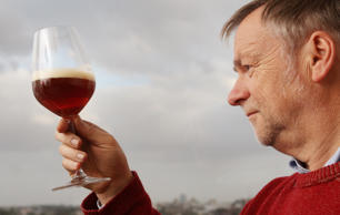 <strong>Lifestyle-Australia-drink-beer, by Neil Sands Carlton's master brewer Jo...
