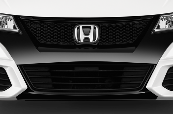 Slide 2 of 25: 2015 Honda Civic