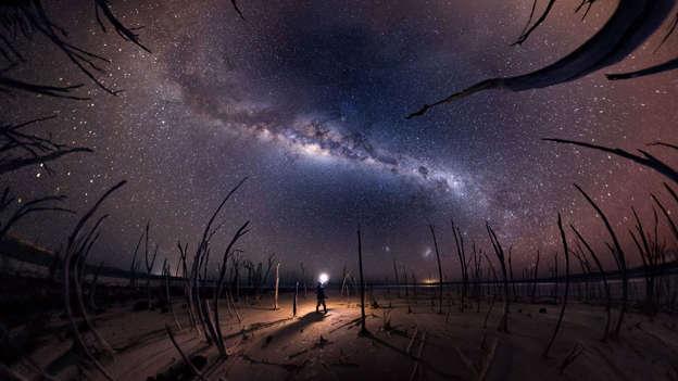 Asombrosas imágenes de la Vía Láctea BBsRt68