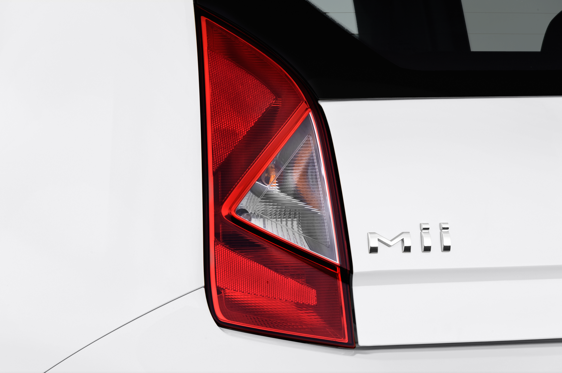 Slide 1 of 25: 2014 SEAT Mii