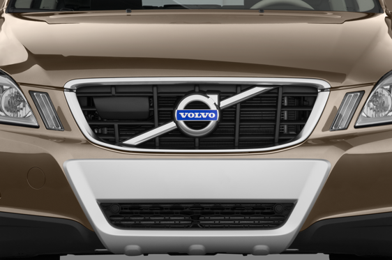 Slide 1 of 25: 2012 Volvo XC60