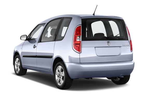 Slide 2 of 14: 2014 Skoda Roomster