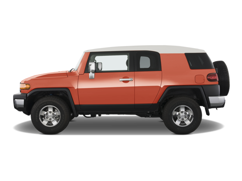 Slide 2 of 26: 2013 Toyota FJ Cruiser