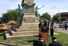 Louisville Mayor Greg Fischer speaks in front of the Confederate monument near t...