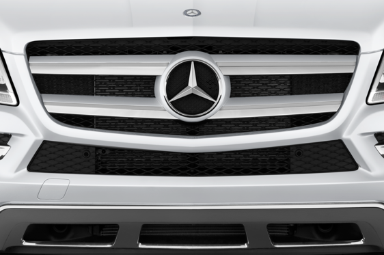 Slide 1 of 24: 2015 Mercedes-Benz GL-Class