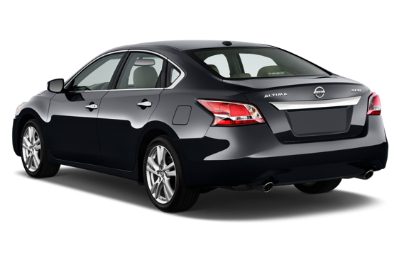 Slide 2 of 14: 2014 Nissan Altima Sedan