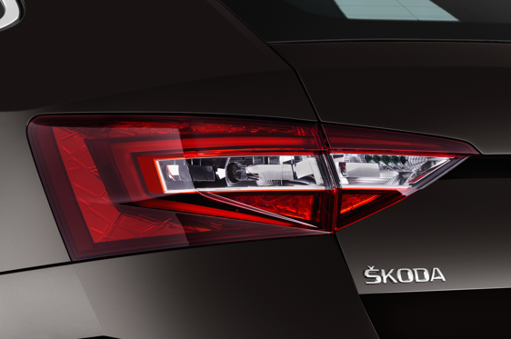 Slide 1 of 25: 2016 Skoda Superb