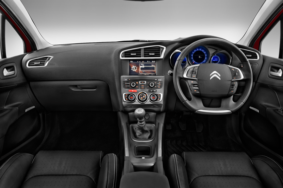Slide 1 of 11: 2010 Citroën C4