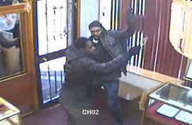 Montreal jewellers fend off armed attackers.