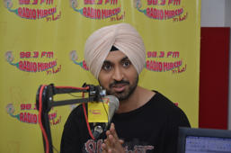 Shahid Kapoor,Alia Bhatt and Diljit Dosanjh at Radio Mirchi studio for Udta Punjab