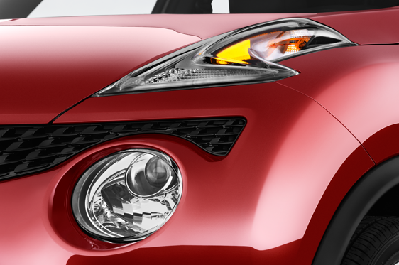 Slide 1 of 25: 2015 Nissan JUKE