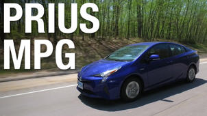 Toyota Prius Gets Record-Setting 52 MPG