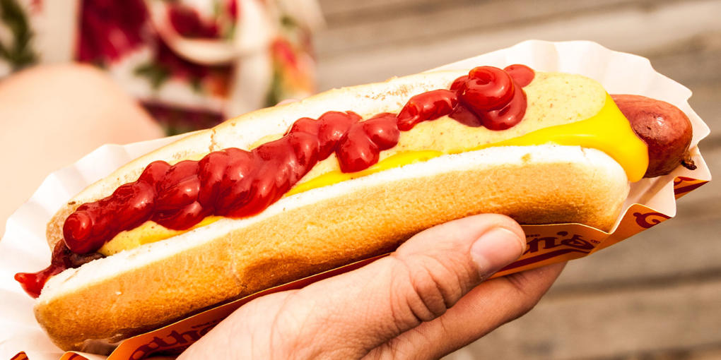 7 Reasons You Should Never Eat Hot Dogs