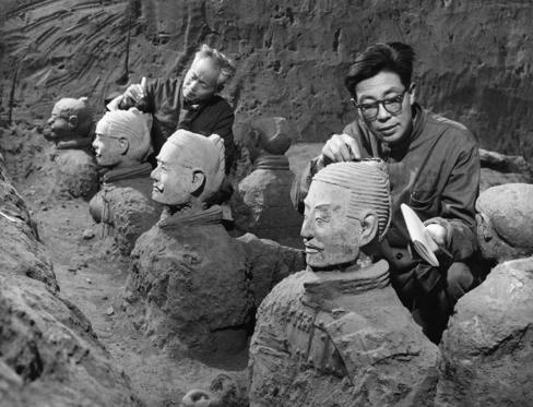 Archaeologists excavating terra-cotta warriors and horses at the tomb of the first emperor of China, Qin Shi Huang Ti in Xian, China. September 1979. (Photo by: Sovfoto/UIG via Getty Images)