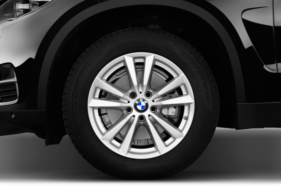 Slide 1 of 25: 2016 BMW X5