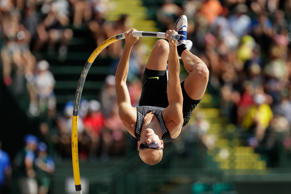 EUGENE, OR - JULY 04:  Sam Kendricks competes on his way to placing first in the Men's Pole Vault Final during the 2016 U.S. Olympic Track & Field Team Trials at Hayward Field on July 4, 2016 in Eugene, Oregon.  (Photo by Andy Lyons/Getty Images)