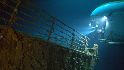'Ghosts of the Abyss' Film - 2003 'Ghosts of the Abyss' -  a MIR submersible observing the bow of the Titanic wreck