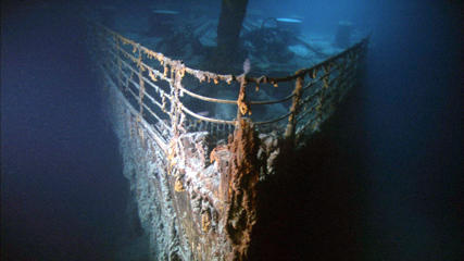 'Ghosts of the Abyss' Film - 2003 'Ghosts of the Abyss' -  Titanic's bow
