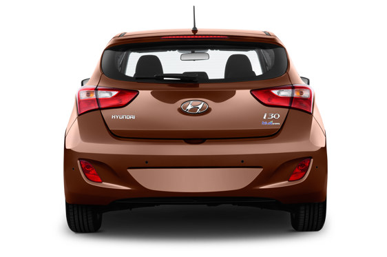 Slide 2 of 25: 2014 Hyundai i30