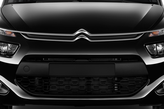 Slide 1 of 25: 2015 Citroën C4 Picasso