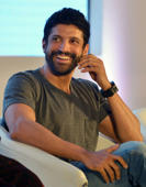 "<p><strong>Farhan Akhtar</strong></p><p><span style=""font-size:13px;"">Actor, director, producer, screenwriter, lyricist, television host and singer Farhan Akhtar earned a degree in commerce from Mumbai's H.R. College.</span><strong></strong></p>"