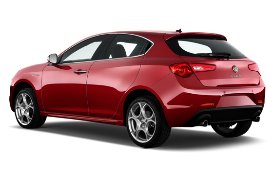 Slide 2 of 14: 2014 Alfa Romeo Giulietta