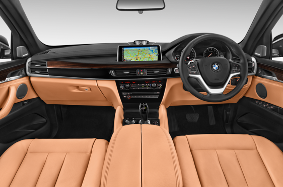 Slide 1 of 11: 2016 BMW X6