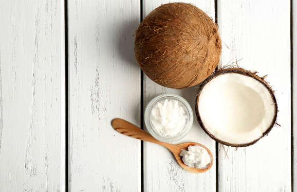 Despite what you've heard, not all fats are bad for you, in fact some are essential for a healthy brain. Low levels of fats in food can contribute to Alzheimer's and dementia so incorporating good healthy fats into the diet, such as coconut oil, is key. Coconut oil has been suggested by studies as an anti-inflammatory and has been linked in helping prevent the onset of these brain disorders.