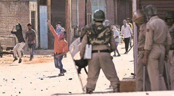 According to figures provided by the CRPF, as many as 2,083 personnel have sustained injuries in stone-pelting by protesters. In 2010, the number of personnel injured in stoning totalled 1,755. (Source: AP)