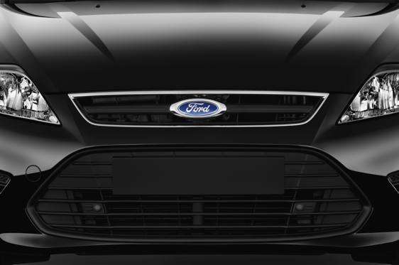 Slide 1 of 23: 2011 Ford Mondeo