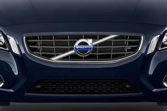 Slide 1 of 22: 2013 Volvo S60