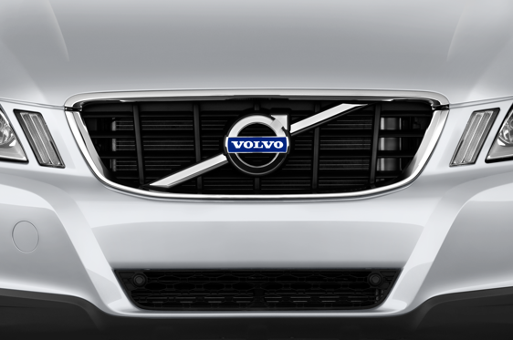 Slide 1 of 24: 2014 Volvo XC60