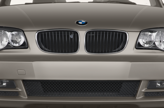 Slide 1 of 24: 2011 BMW 1 Series