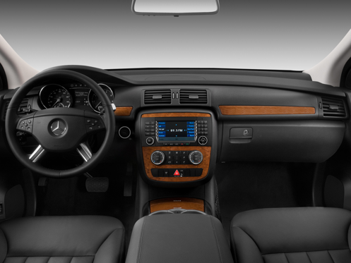 Slide 1 of 11: 2009 Mercedes-Benz R-Class