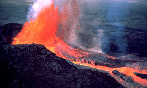幻灯片 22 - 1: Eruption of the Kilauea Volcano.