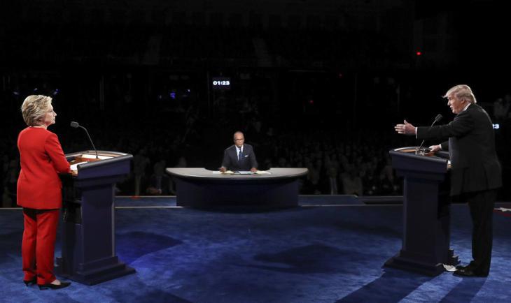 Hillary Clinton y Donald Trump durante el debate