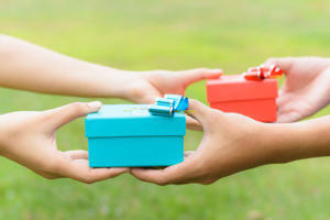 Open gifts: In China and India you must resist any urge to open a present that has just been gifted to you. Opening a gift in front of the person who you received it from is very rude and considered extremely greedy.