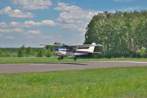 Pilot walks away from crash landing