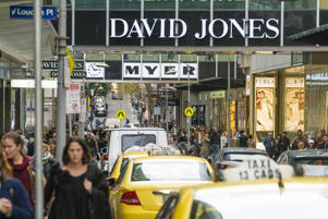 One in 10 Aussies to shop on Christmas Eve