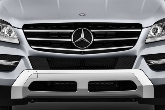 Slide 1 of 25: 2015 Mercedes-Benz M-class