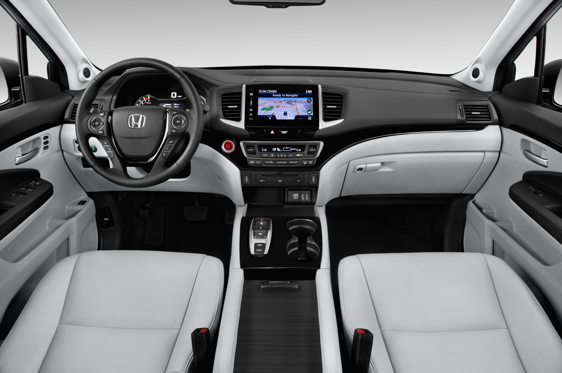 Slide 1 of 11: 2016 Honda Pilot