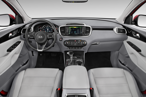 Slide 1 of 11: 2016 Kia Sorento