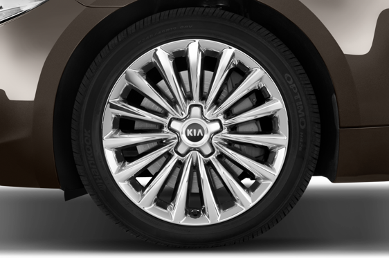 Slide 1 of 25: 2016 Kia K900